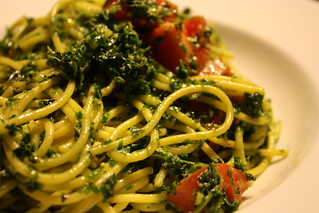 Kale pesto pasta | by nyxie