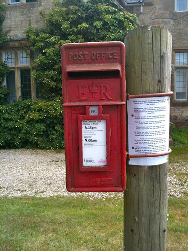 Old Post box at Swinbrook Village | by Tip Tours