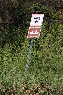 09 wire sign | by Dan Abel