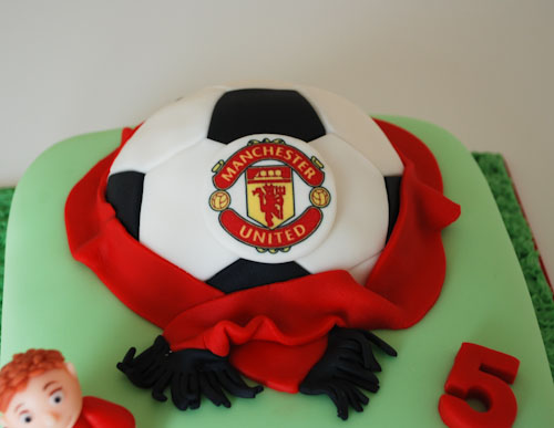 Enjoyable Manchester United Football Birthday Cake Visit Me And Like Flickr Personalised Birthday Cards Paralily Jamesorg