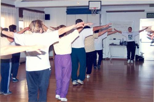 Gure Bizitza Elkartea gimnasia ikastaroa / Gure Bizitza Elkartea curso gimnasia