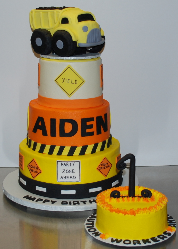 Astonishing Construction Birthday Cake This Is The Cake Ive Been Work Flickr Funny Birthday Cards Online Alyptdamsfinfo