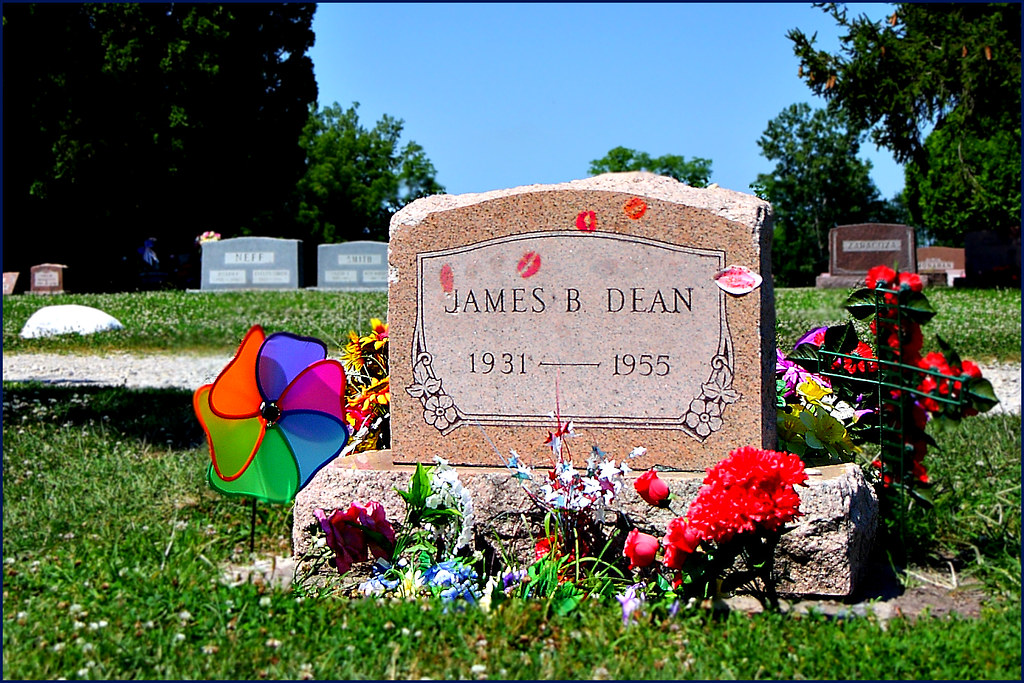 James Dean's Grave - Fairmount, Indiana | I went sightseeing… | Flickr