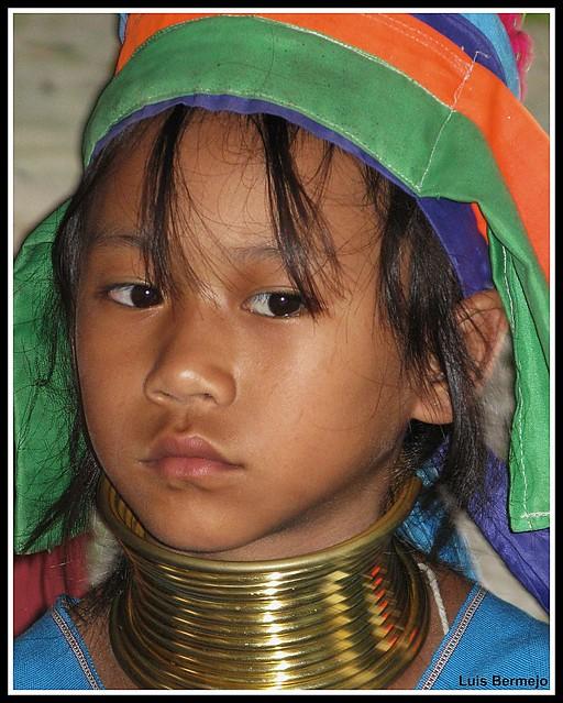 Niña de la etnia Padoung - Tailandia