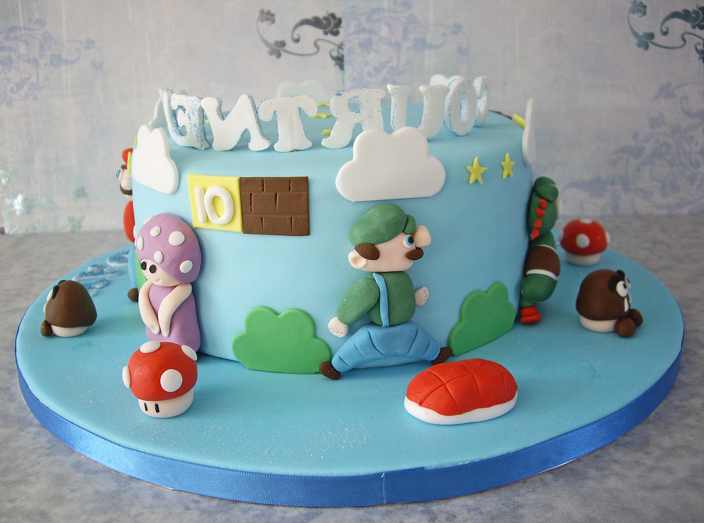 Stupendous Courtneys Super Mario Birthday Cake I Was Given A Link To Flickr Funny Birthday Cards Online Kookostrdamsfinfo