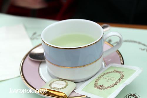 Ladurée Tea | keropok com/archives/388 | Phil | Flickr