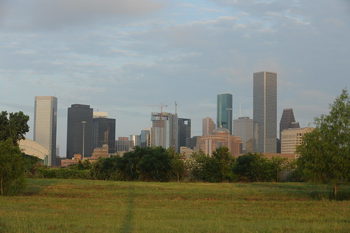 skyline sunrise downtown cityscape houston bankofamericacenter mainplace jpmorganchasetower centerpointenergytower wellsfargobankplaza 2houstoncenter onehoustoncenter harriscountycivilcourthouse morninggoldenhour enterpriseplaza fulbrighttower