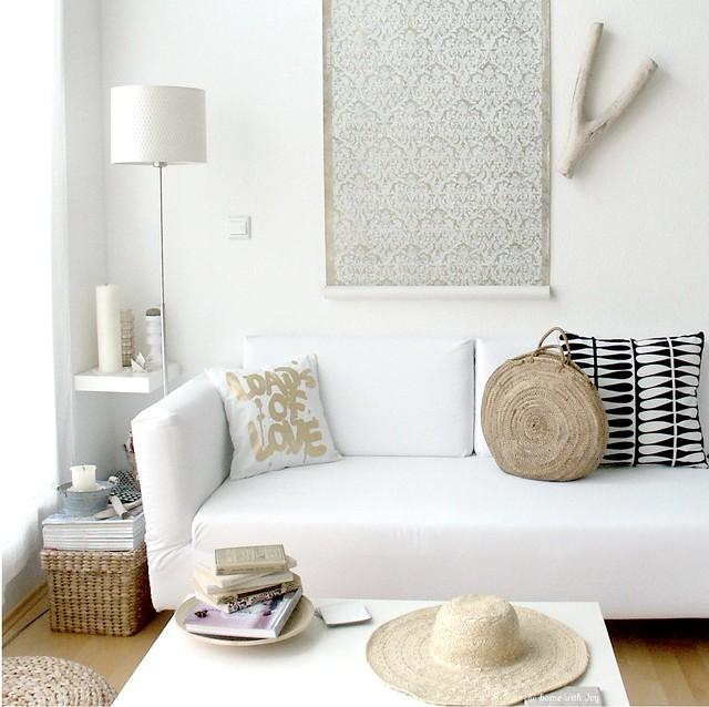 Sofa corner in summerish mood