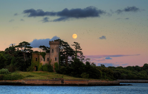city ireland sunset sky irish moon castle birds rock stone wow island photography skies cork magic flock eire luna fullmoon hues moonrise nights celtic lunar gaelic 1001 fota hued karreman flickraward flickraward5 karremanphotography karremanphotographycom