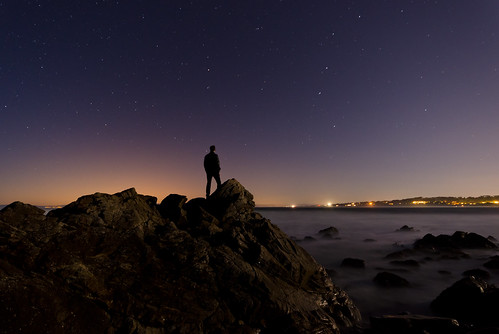 ocean california longexposure sea sky usa beach silhouette night dark stars iso800 lights us lowlight nikon rocks unitedstates pebblebeach 30s highiso 30seconds starrynight flickrchallengegroup flickrchallengewinner d7000 nikond7000 andreaskoeberl