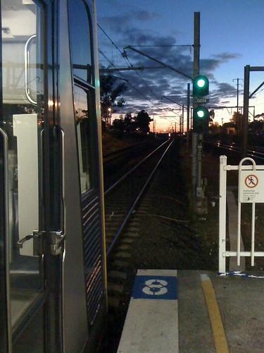 morning train sunrise platform cityrail iphone tangara glenfield tset