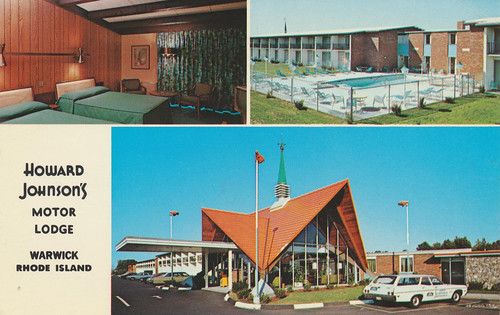 vintage postcard motel rhodeisland warwick roomview howardjohnsons poolview motorlodge companyvan triview