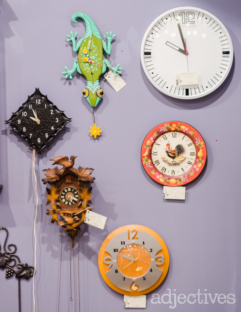 Vintage Clocks by Timeless Treasures in Adjectives Winter Garden