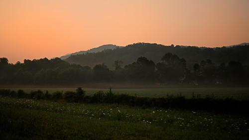 morning light summer vacation sunrise early july northcarolina valley smokymountains 2010 andrewvernon nikond300s aperture3