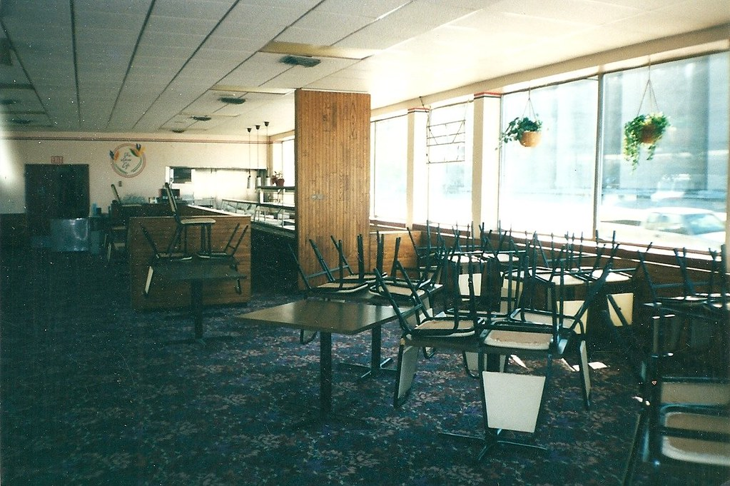 Levee Cafe 1401 Fairfax Trfwy Kansas City Ks Interior Flickr