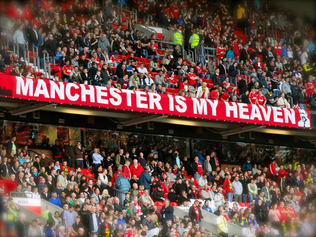 Manchester Is My Heaven Manchester United Fans In Stretfor