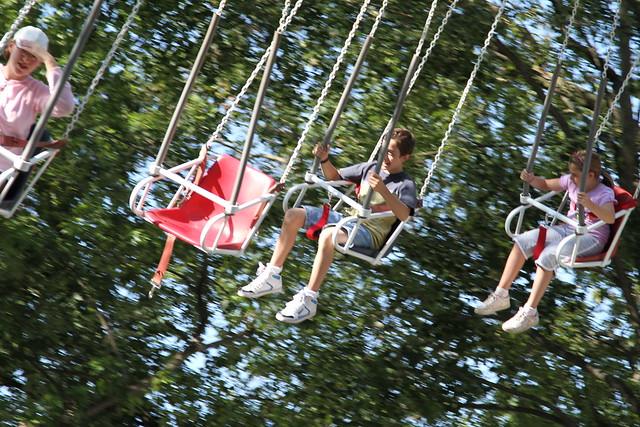 Flying Trapeze in Dutch Wonderland
