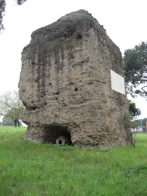 Tombe Latine, Rome