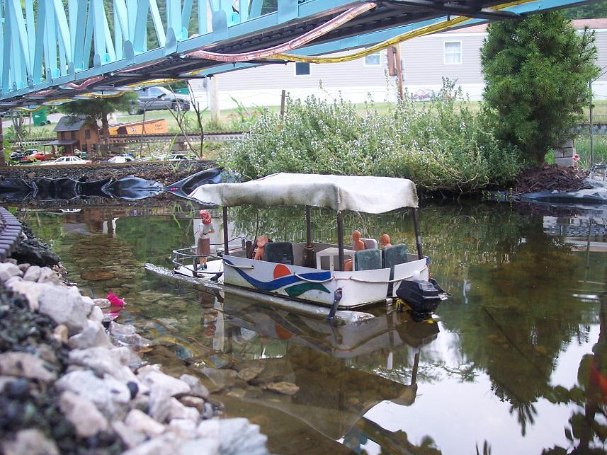 Hand made Pontoon Boat | My home made Pontoon Boat on the re
