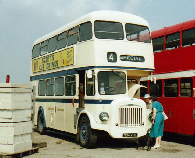4, 304 VHN, Daimler CCG5, Roe Body, 1962 (Ex-Darlington Corp.)