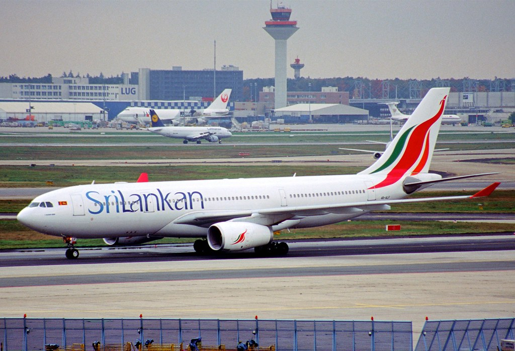 113ad - SriLankan Airlines Airbus A330-243; 4R-ALF@FRA;20.… | Flickr