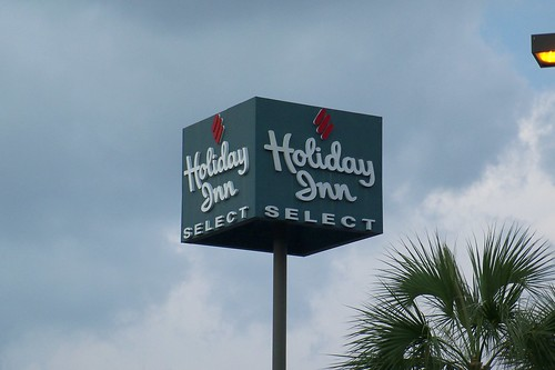 old sign odd holidayinn fl panamacity select
