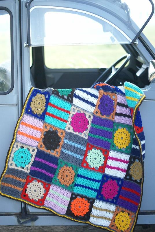 wood & wool picnic blanket