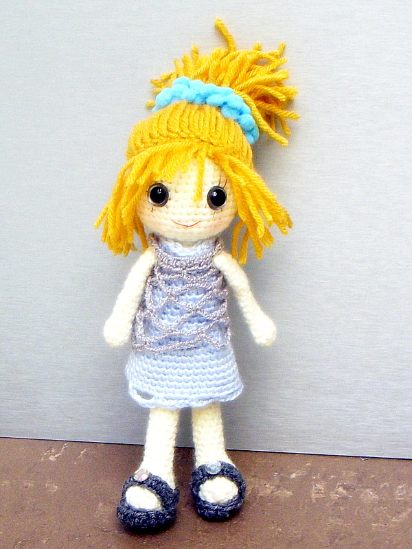 Crochet Amigurumi Girl Doll Pattern and Tutorial - YouTube | 800x600