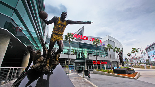 Staples Center & Magic Johnson | by jiazi