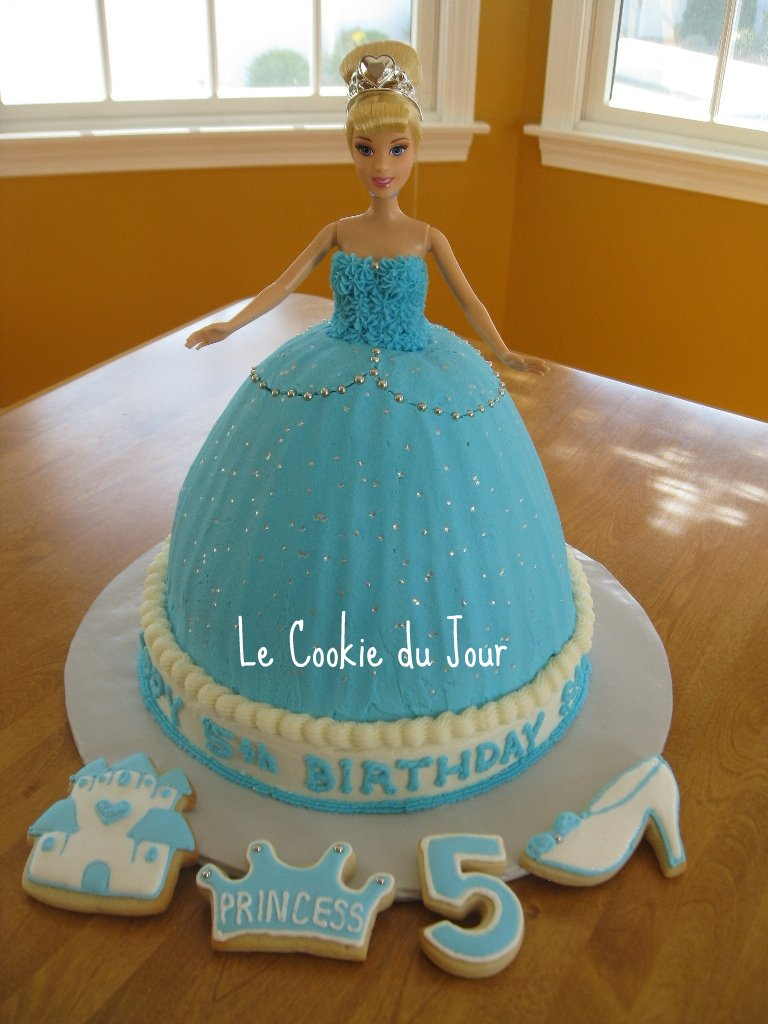 Prime Cinderella Birthday Cake For That Special Princess Coordi Flickr Birthday Cards Printable Riciscafe Filternl