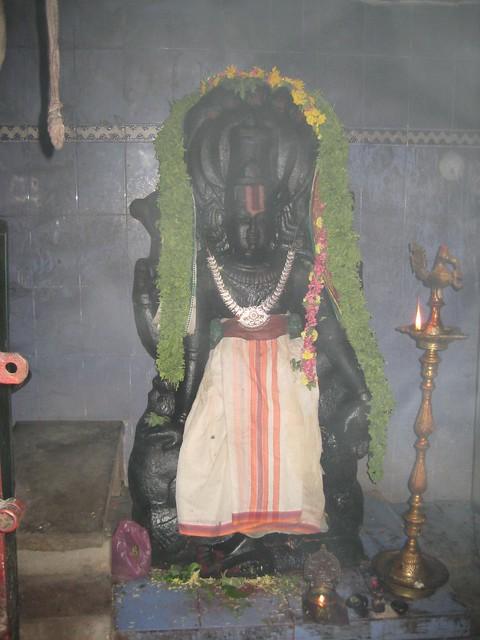 6.Lord Ranganathar in an unusual pose