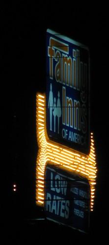 sign tn tennessee motel newport arrow cockecounty familyinncocke