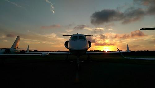 catchingaflight airport plane mysmartphonelife htconem8 aviation aircraft sky airplane outdoor hyannis smartphone