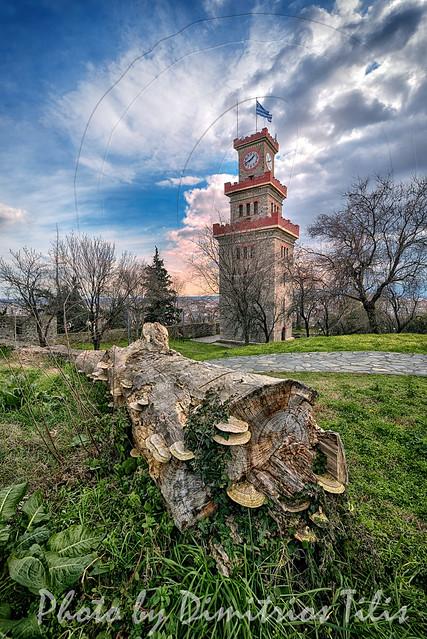Ο Πύργος με το ρολόι των Τρικάλων The clock tower of Trikala