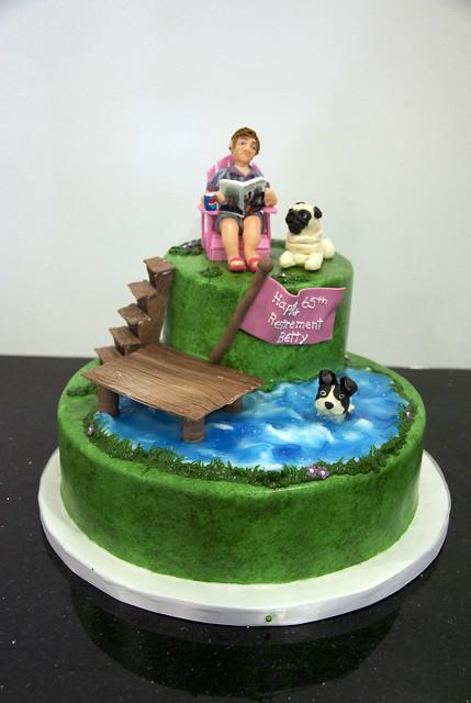 BC4128 - retirement 65th birthday cake