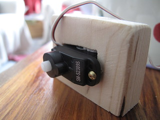 Servo mounted in wooden block | by lilspikey