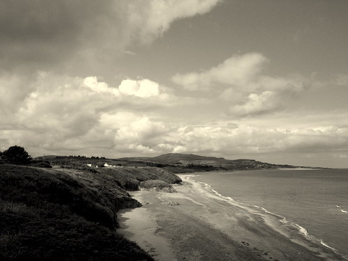 ireland sea sky beach clouds bay sand waves phone view cellphone samsung wicklow ultra photophone irishsea wicklowmountains brittas cowicklow brittasbay artphone samsungultra s8300 samsungs8300 brittasbaybeach