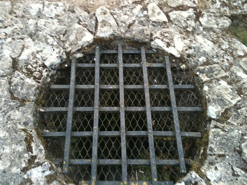 Well at Minster Lovell Hall | by Tip Tours
