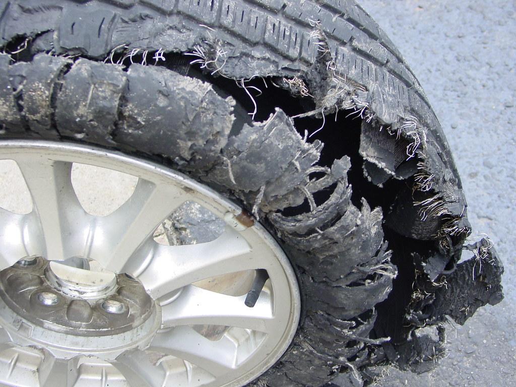 ผลการค้นหารูปภาพสำหรับ Tires Bomb