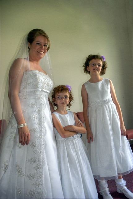 Maryanne Graybeal Yarbrough and Flower Girls