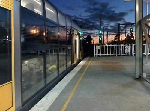 morning train sunrise platform cityrail tangara glenfield tset
