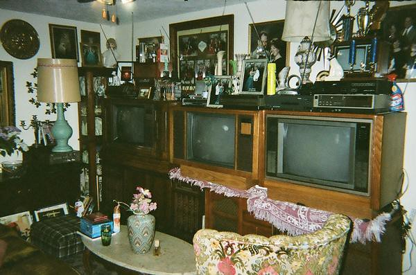 Zenith Television 1989 the TV Wall | My TV wall with a Quasa