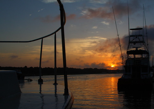 sun beach water sunrise boats boat nc fishing northcarolina fishingboat intracoastalwaterway holdenbeach davidhopkinsphotography