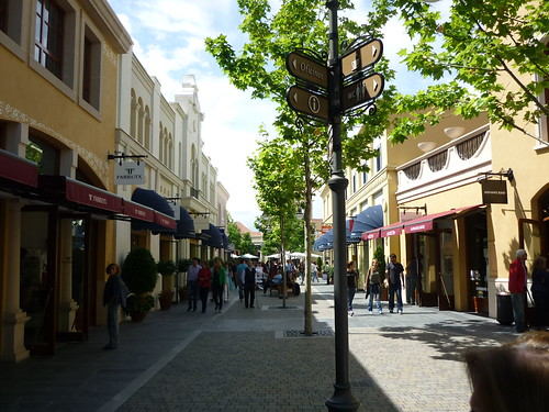 Madrid - Las Rozas Village | by Jose Alejandro de la Orden
