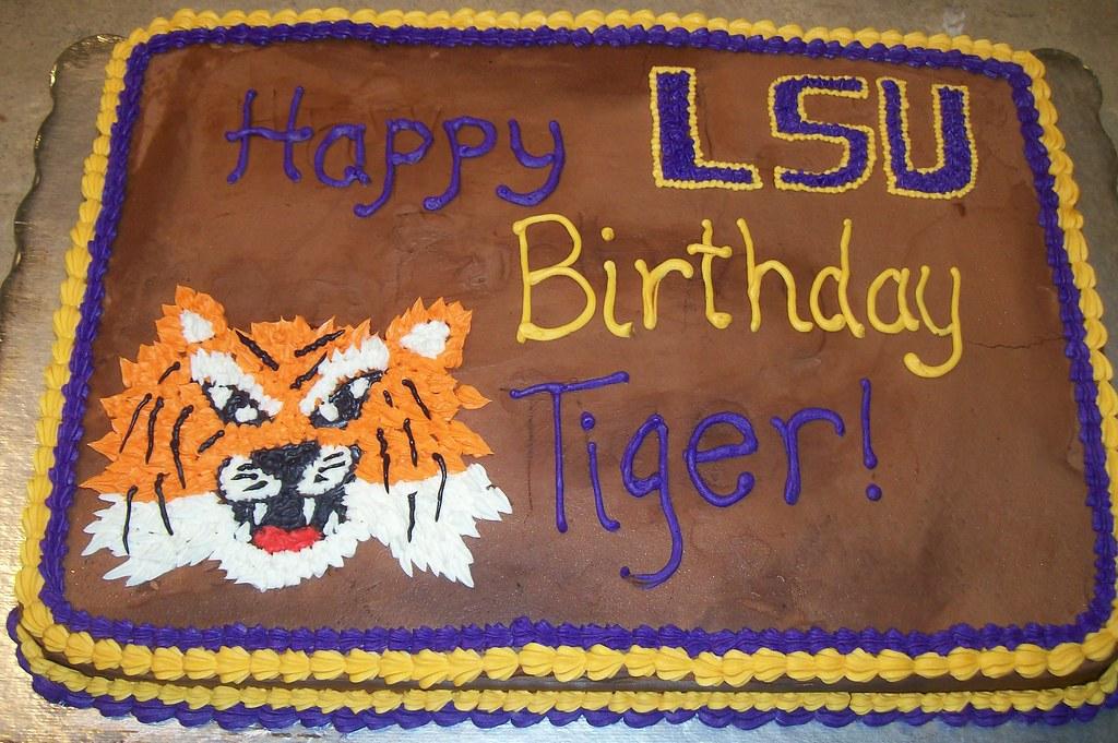 Wondrous Lsu Birthday Cake Lsu Birthday Cake Patty Wilson Flickr Personalised Birthday Cards Veneteletsinfo