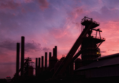 sunset color industry silhouette clouds towers ps smokestacks favorited slossfurnacesnationalhistoriclandmark birimgham