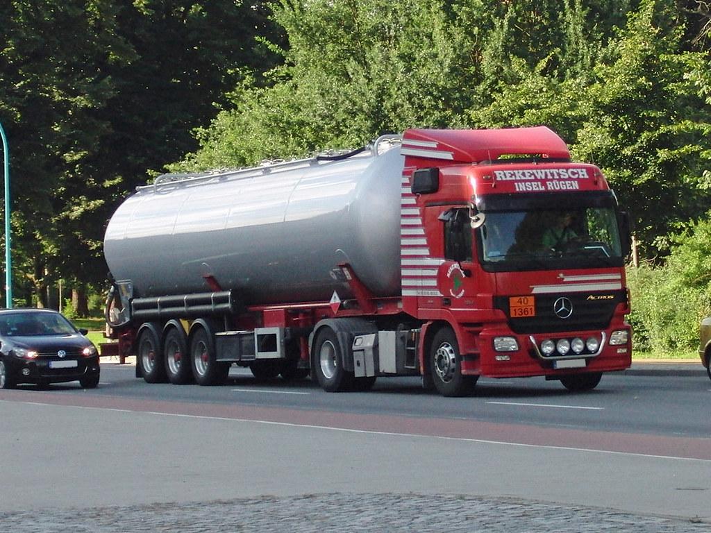 Mercedes Actros Tankzug Truck - Rekewitsch