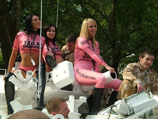 Babes on a Tank(snwe)