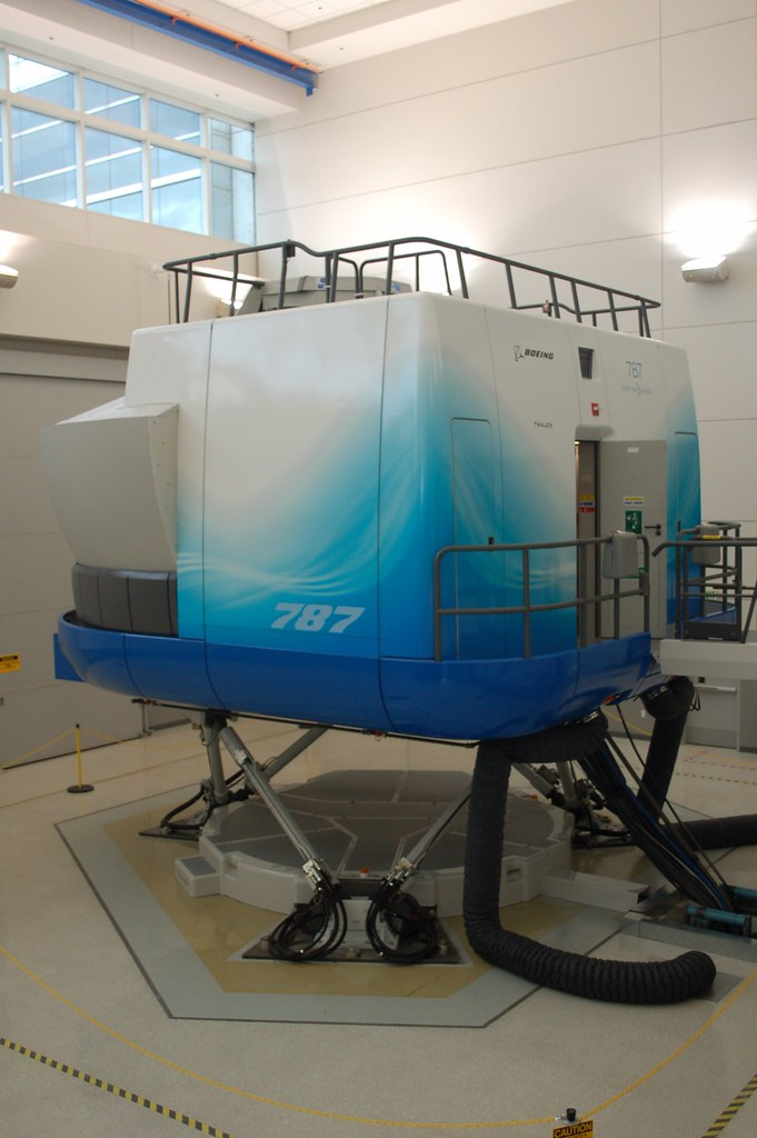 Boeing 787 Dreamliner Full Flight Simulator | Jon Ostrower