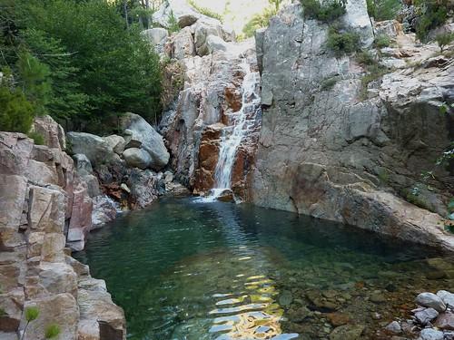La 1ère cascade après la confluence Valdu Grande